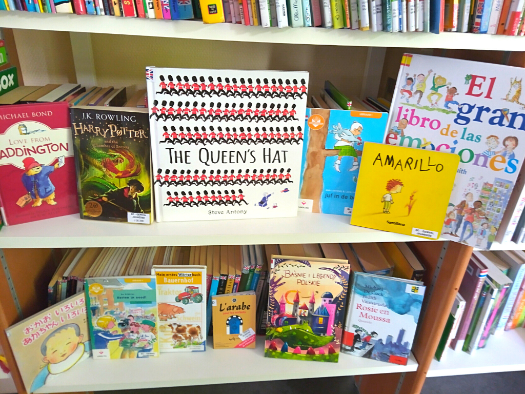 Assortiment de livres en langues étrangères
